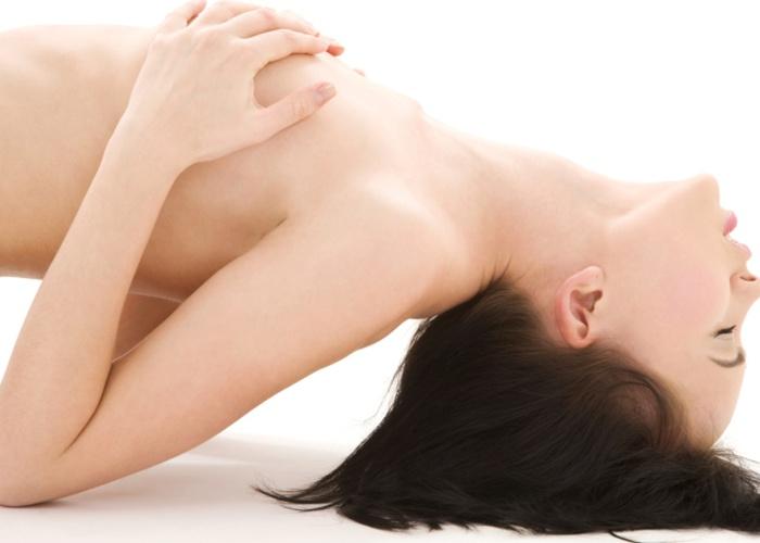 žena má orgasmus blo j