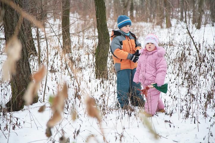 поимел сестру в лесу фото